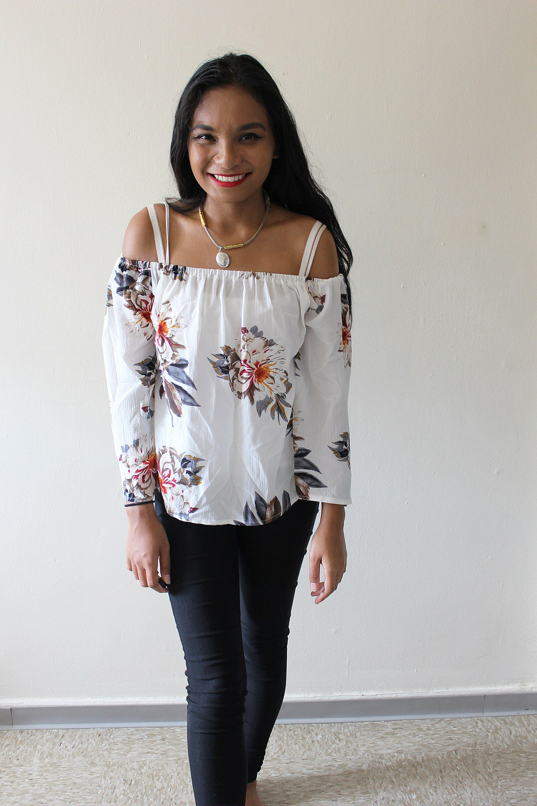 White-Floral-Top-Zaful-Style-Blogger-LINDATENCHITRAN-10-1616x1080