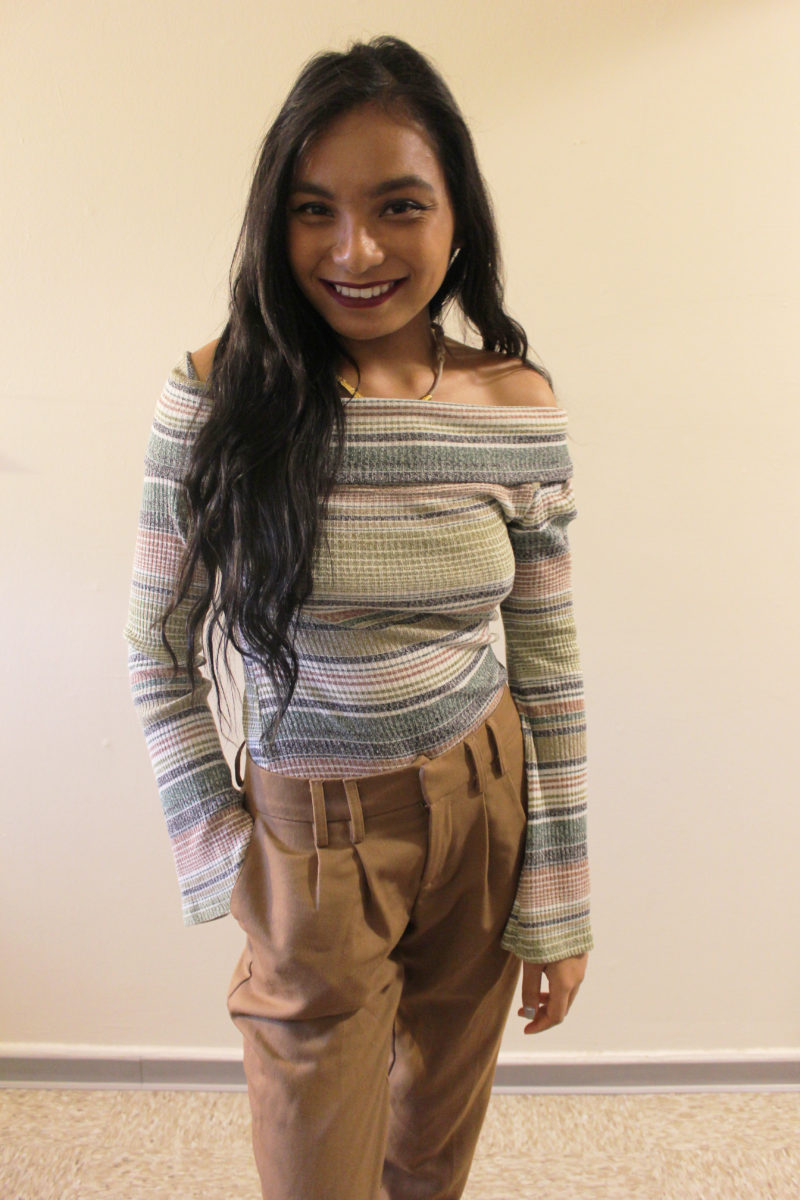 Striped-Off-The-Shoulder-Top-Fall-Style-Blogger-LINDATENCHITRAN-1-1616x1080