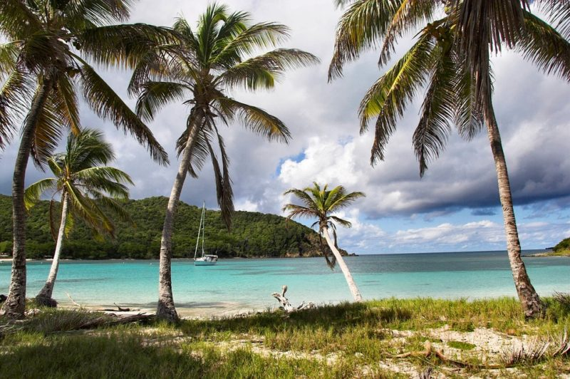 Finding The Perfect Tropical Island Getaway On A Budget